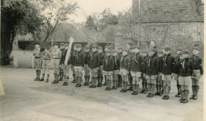 Coursehorn Cubs and Scouts on Parade