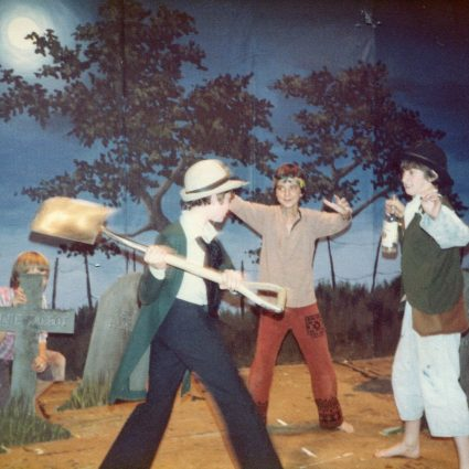 1980 Play - Tom Sawyer